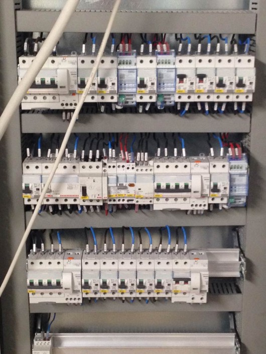 cablaggio quadri elettrici como lecco
